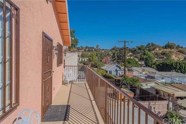 3538 Hillview Pl, Los Angeles, CA 90032 Photo 12