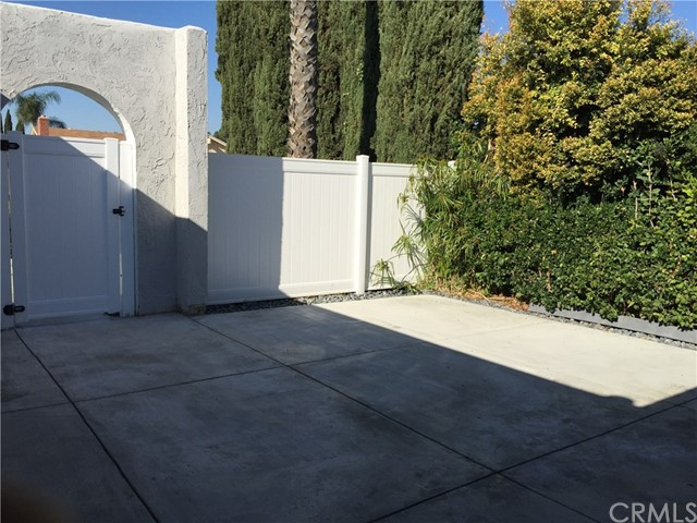 14902 Burnham Cr, Irvine, CA 92604 Photo 3
