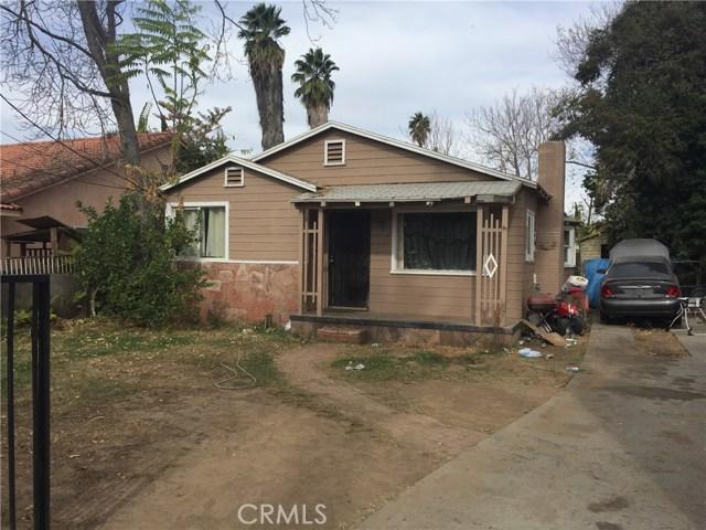 1869 W Linden Street, Riverside CA: http://media.crmls.org/medias/16868a44-3969-440f-8edf-15e9be9e8267.jpg