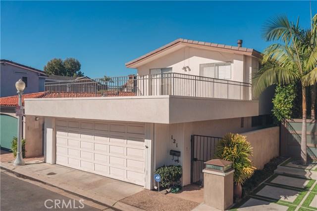 121 Via Undine, Newport Beach CA: http://media.crmls.org/medias/1695dcf3-69af-47bb-b0e6-f80c6d3605b6.jpg