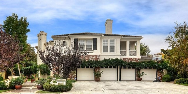 Single Family Home for Sale at 18895 Rockinghorse St Huntington Beach, California 92648 United States