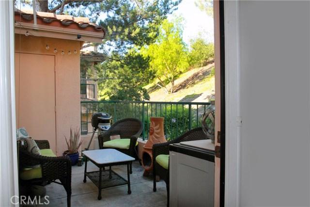 18543 Caminito Pasadero, Rancho Bernardo (San Diego) CA: http://media.crmls.org/medias/16af372b-0416-4902-9453-2f76d9b94c3e.jpg