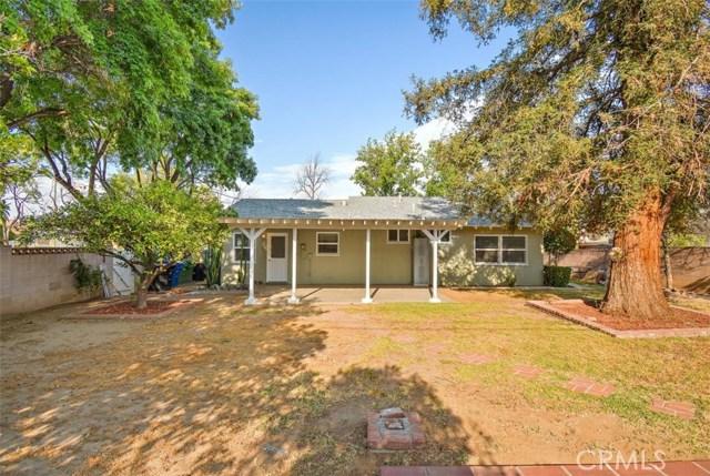 23100 Strathern Street, West Hills CA: http://media.crmls.org/medias/16bf389c-e378-429a-bee3-a4c16bf6a875.jpg
