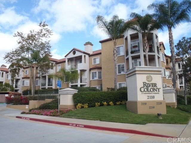 2020 Camino De La Reina 2202 San Diego, CA 92108 is listed for sale as MLS Listing OC17106918