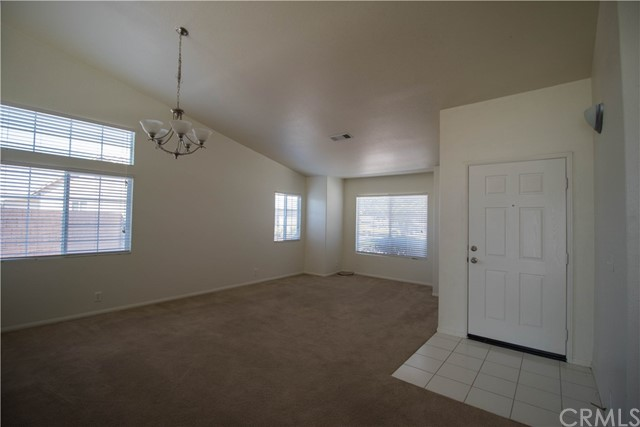 21285 Seibel Lane Apple Valley, CA 92308 - MLS #: EV18163078
