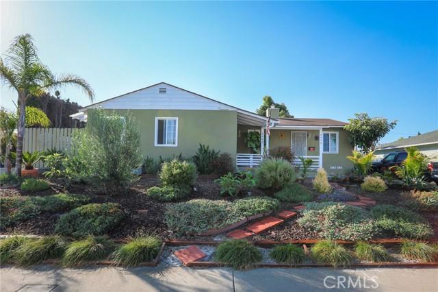 8446 Kittyhawk Avenue, Los Angeles CA: http://media.crmls.org/medias/16ef65a8-1f3f-4575-94a9-c0334a7ec774.jpg