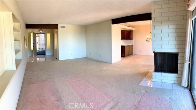 834 W Highpoint Drive, Claremont CA: http://media.crmls.org/medias/16ef9aa5-5e0b-4143-bb3f-b0573879ffed.jpg