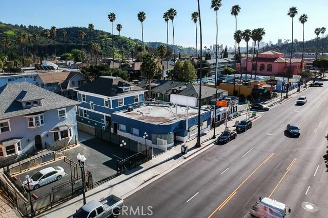 5308 5306 N Figueroa Street, Highland Park CA: http://media.crmls.org/medias/16f775a1-f09b-4f73-ad00-92fb9446147a.jpg