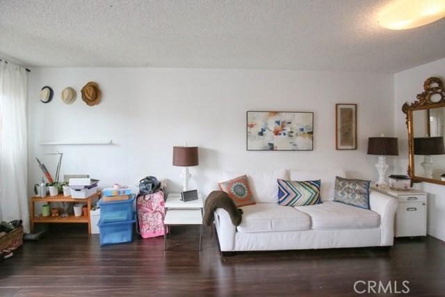 5310 Lake Lindero Drive, Agoura Hills CA: http://media.crmls.org/medias/16f7b5d6-d376-47e5-a7dd-862667253ca0.jpg