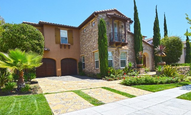 Single Family Home for Sale at 20 Roshelle St Ladera Ranch, California 92694 United States
