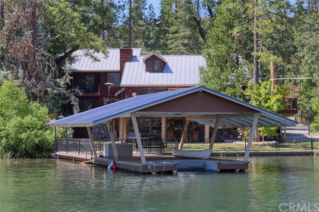 Single Family Home for Sale at 53810 Road 432 53810 Road 432 Bass Lake, California 93604 United States