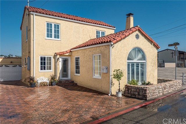 Casa para uma família para Venda às 1908 Loma Drive 1908 Loma Drive Hermosa Beach, Califórnia,90254 Estados Unidos