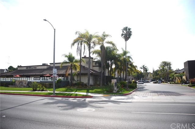 8082 Adams Avenue Huntington Beach, CA 92646 - MLS #: OC18006583