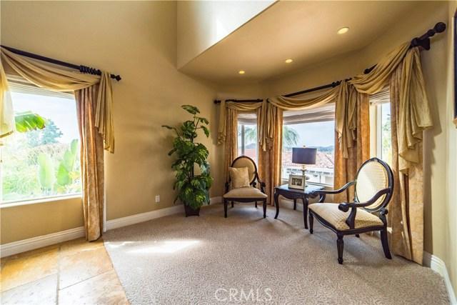22941 Gold Rush Place, Canyon Lake CA: http://media.crmls.org/medias/170d4db3-ddf7-427a-9360-7fec7d2c4b77.jpg