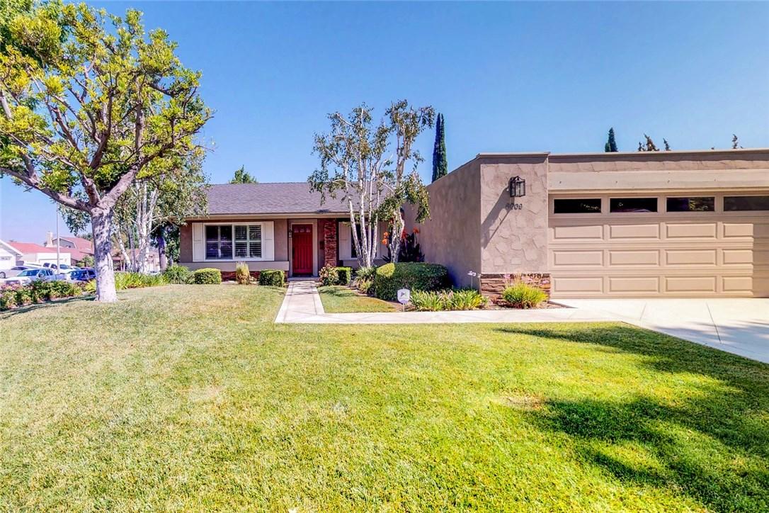 6009 E La Paz Way, Anaheim, CA 92807 Photo 0