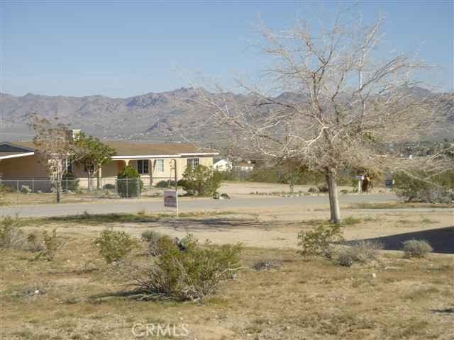 0 Avenida La Espana Daga, Joshua Tree CA: http://media.crmls.org/medias/171939b0-b679-4c8b-9dc2-3bb0834d6fd3.jpg