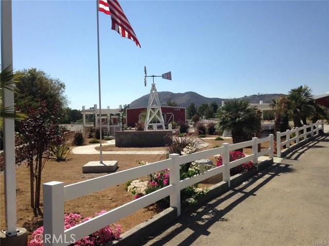 33389 Mill Pond Drive, Wildomar CA: http://media.crmls.org/medias/171b79f5-7964-452b-9d9f-be9067ae7a04.jpg