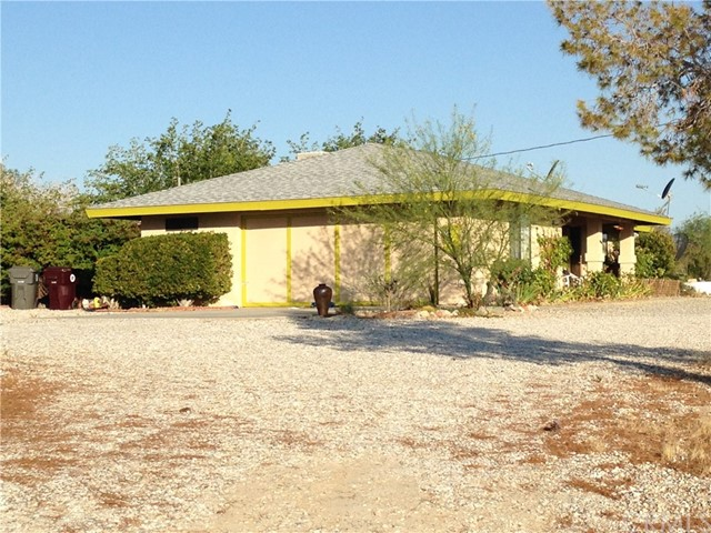 7036 Sierra Avenue Joshua Tree, CA 92252 - MLS #: JT17126440