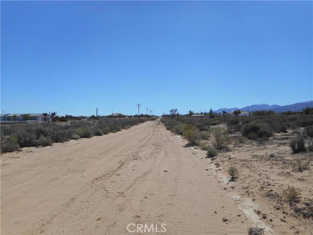0 Nevada, Phelan CA: http://media.crmls.org/medias/1738f9b7-28a5-4edc-9ca4-bed59ccde0b2.jpg