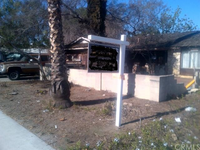 7401 Katella Avenue, Stanton CA: http://media.crmls.org/medias/173d9771-890d-433c-a473-e624c4c319ad.jpg