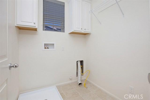 40936 Lacroix Avenue, Murrieta CA: http://media.crmls.org/medias/1744c7be-a417-4c7e-9d92-c2504c565c79.jpg