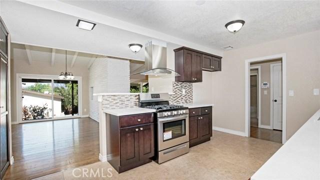 16241 Lassen Street, North Hills CA: http://media.crmls.org/medias/17477832-a291-4afa-a83e-305db04dd835.jpg