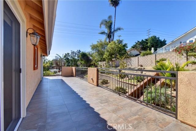 18961 Flagstaff Lane, Huntington Beach CA: http://media.crmls.org/medias/17528604-56f1-42d0-911b-5764ca4467fa.jpg