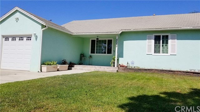 8549 Smallwood Avenue, Downey CA: http://media.crmls.org/medias/17598aa4-96f6-4cad-bc78-864b71190438.jpg