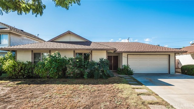 Single Family Home for Sale at 18321 Jacaranda St Fountain Valley, California 92708 United States