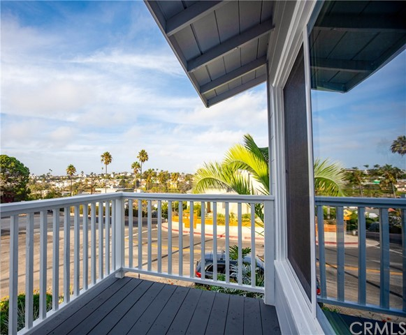 312 W Manchester Ave, Playa del Rey, CA 90293 photo 4