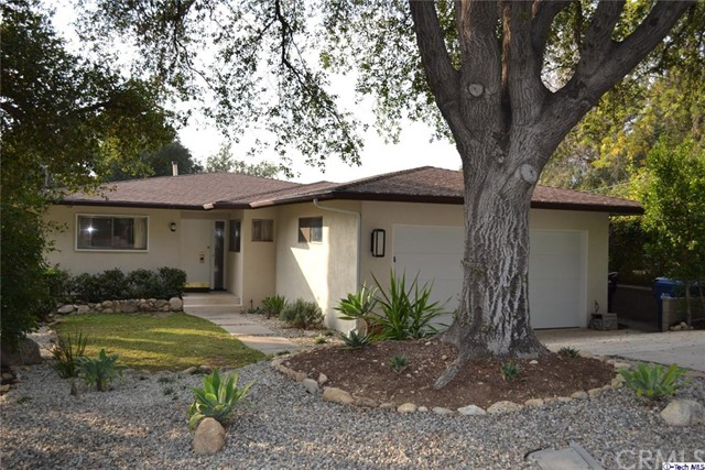 Single Family Home for Rent at 4055 Canyon Dell Drive Altadena, California 91001 United States