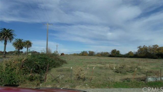 0 Highway 99, Orland CA: http://media.crmls.org/medias/1773ee6f-a161-4ceb-af28-4fddef32f77e.jpg
