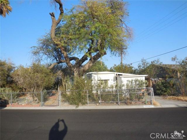 73241 Pine Valley Drive, Thousand Palms CA: http://media.crmls.org/medias/177628d3-67b5-4623-82ed-48f0db3891f7.jpg