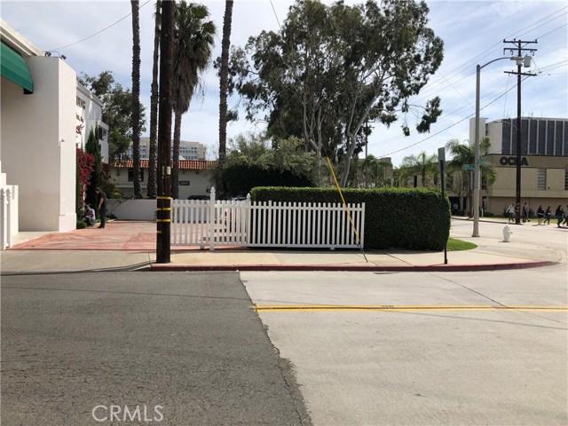444 W 10th Street, Santa Ana CA: http://media.crmls.org/medias/1776fe48-4955-463b-9666-0cb7109470f4.jpg