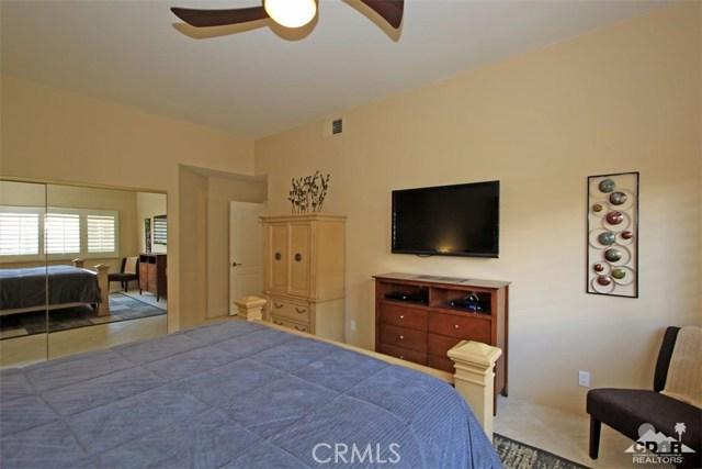75 Augusta Drive, Rancho Mirage CA: http://media.crmls.org/medias/178a735d-3c5e-4d5e-a939-23368d8bc625.jpg