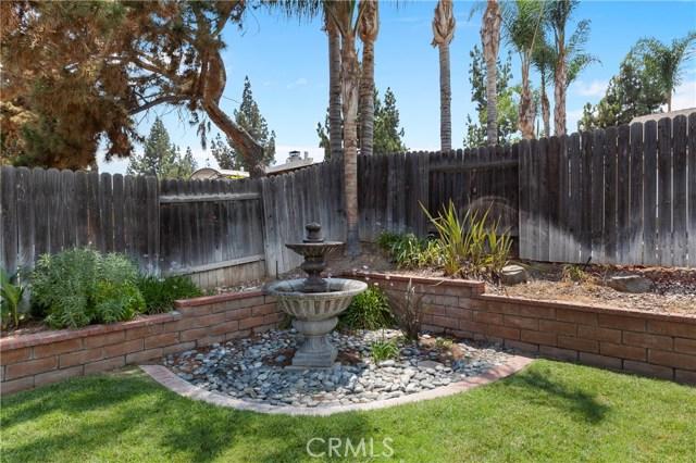 2870 Gibson Street, Riverside CA: http://media.crmls.org/medias/178b9427-51eb-4214-86c9-91951d6c2e6a.jpg