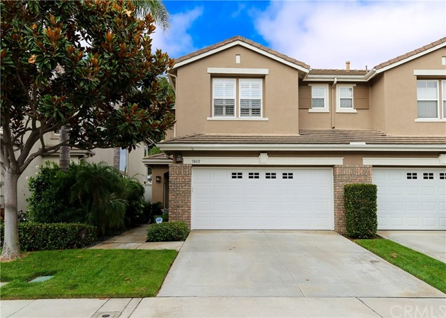 18611 Park Ridge Lane, Huntington Beach CA: http://media.crmls.org/medias/178d159d-73d2-4a62-b3ca-a6f92ef18fc1.jpg