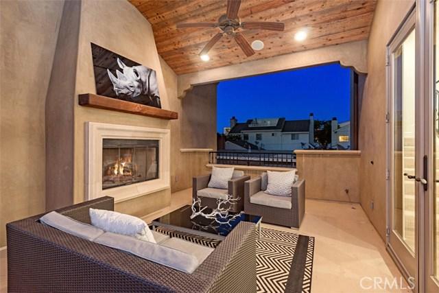 608 1/2 Begonia Avenue, Corona del Mar CA: http://media.crmls.org/medias/1790ba18-108d-41df-8c01-212a247cfb25.jpg