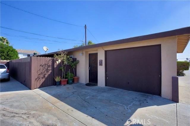 2077 Wallace Avenue, Costa Mesa CA: http://media.crmls.org/medias/179cbad7-96a0-45cf-bb7b-92122b26aed8.jpg