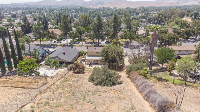 15189 Palisade Street, Chino Hills CA: http://media.crmls.org/medias/17a2bbf1-77c7-44f8-a37d-d733ebafd53b.jpg