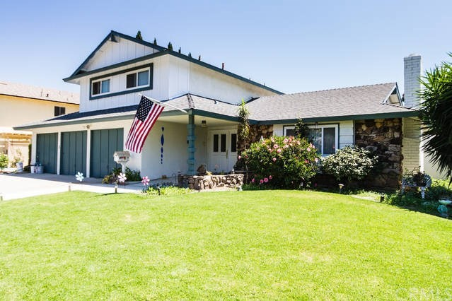 502 E Meadowbrook Avenue, Orange CA: http://media.crmls.org/medias/17a38c8c-2d3b-4a8c-98c3-d50d229eb5bd.jpg