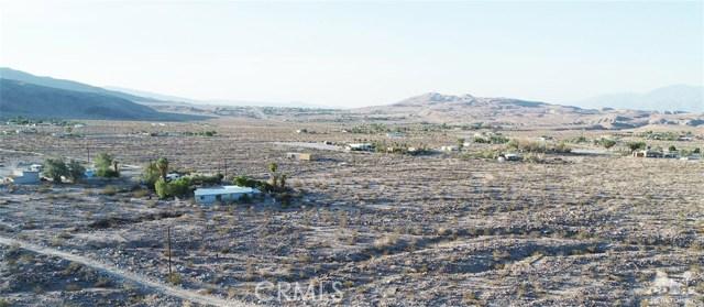 26201 Hopper Road, Desert Hot Springs CA: http://media.crmls.org/medias/17a63663-5e7b-4a6f-b161-31d81e83fd6c.jpg