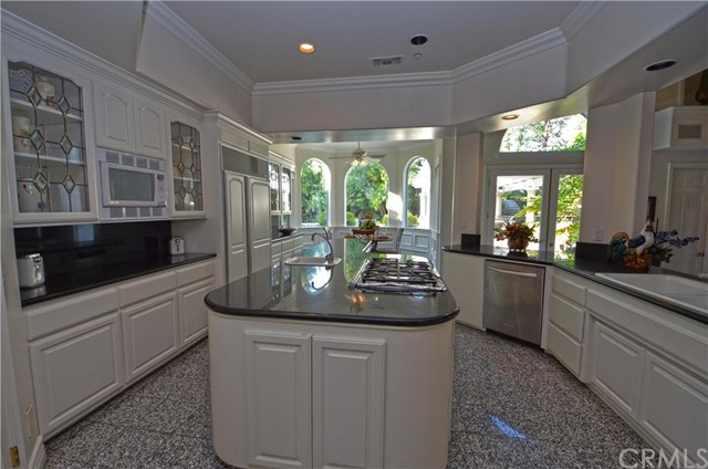 Single Family Home for Sale at 859 PomelloDrive Claremont, California 91711 United States