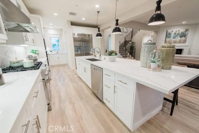 Single Family Home for Sale at 304 CostaBella Court Costa Mesa, California 92627 United States