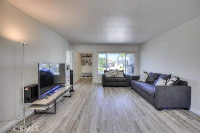 11174 Chadsey Drive, Whittier CA: http://media.crmls.org/medias/17b5fcd0-d35f-4a61-934f-09a781d48db3.jpg