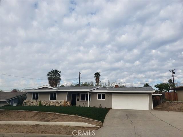 5654 Dumbarton Avenue San Bernardino CA 92404