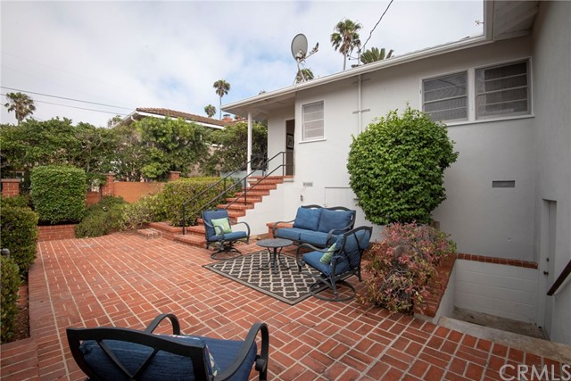 128 via los miradores, Redondo Beach CA: http://media.crmls.org/medias/17c7441e-299c-420a-bbb1-e314942a89bb.jpg