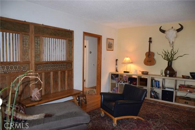 740 Maryland Street, El Segundo CA: http://media.crmls.org/medias/17d41aac-cb76-4d98-aa33-b3fc43d3adc1.jpg