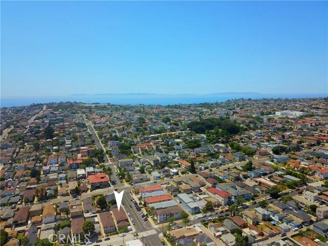 1804 S Cabrillo Avenue, San Pedro CA: http://media.crmls.org/medias/17dc08ff-50bd-483e-86b8-931d93892286.jpg