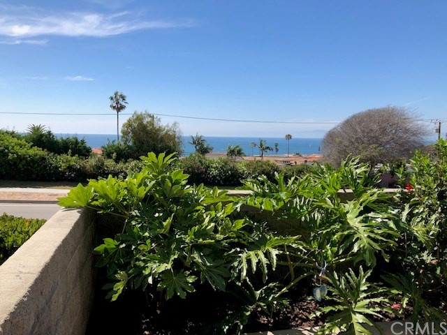 418 Palos Verdes Boulevard, Redondo Beach, California 90277, 3 Bedrooms Bedrooms, ,1 BathroomBathrooms,Townhouse,For Sale,Palos Verdes,PV19185670